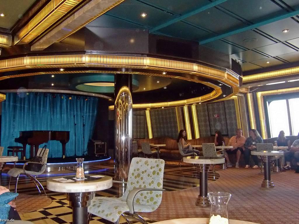 Da Ballo Pompadour Bar