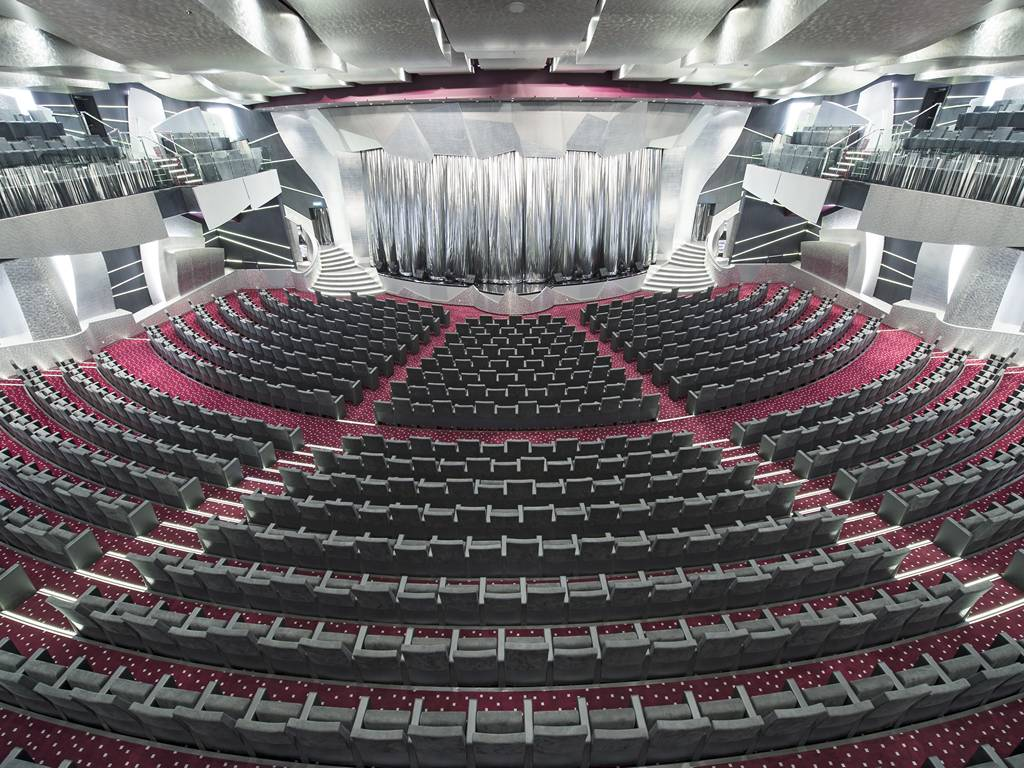 Plainum Theatre