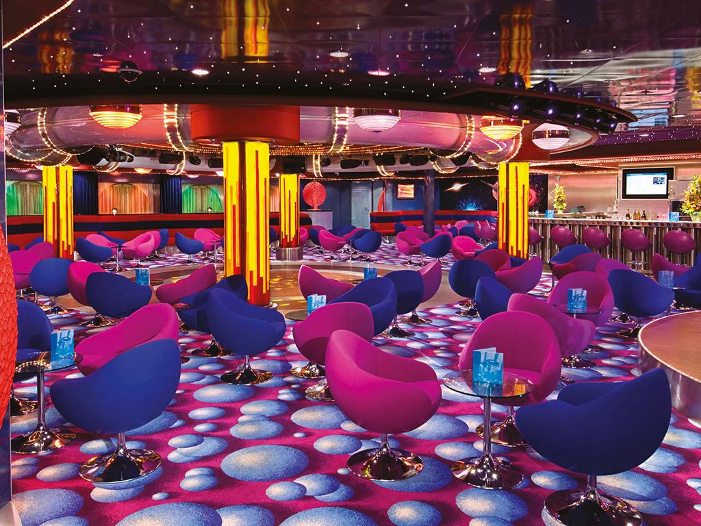 FYZZ Cabaret Lounge