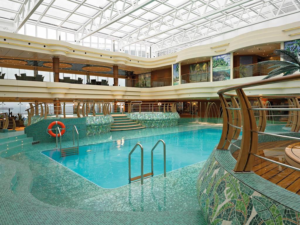 LEquatore Pool 2