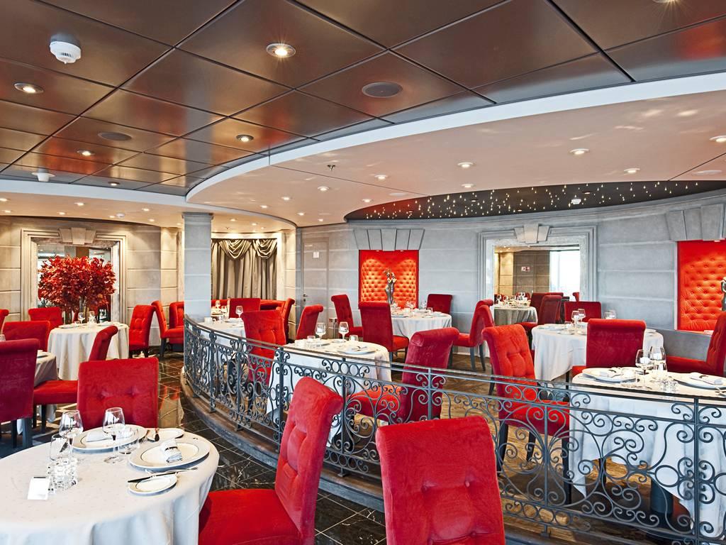 LEtoile Restaurant