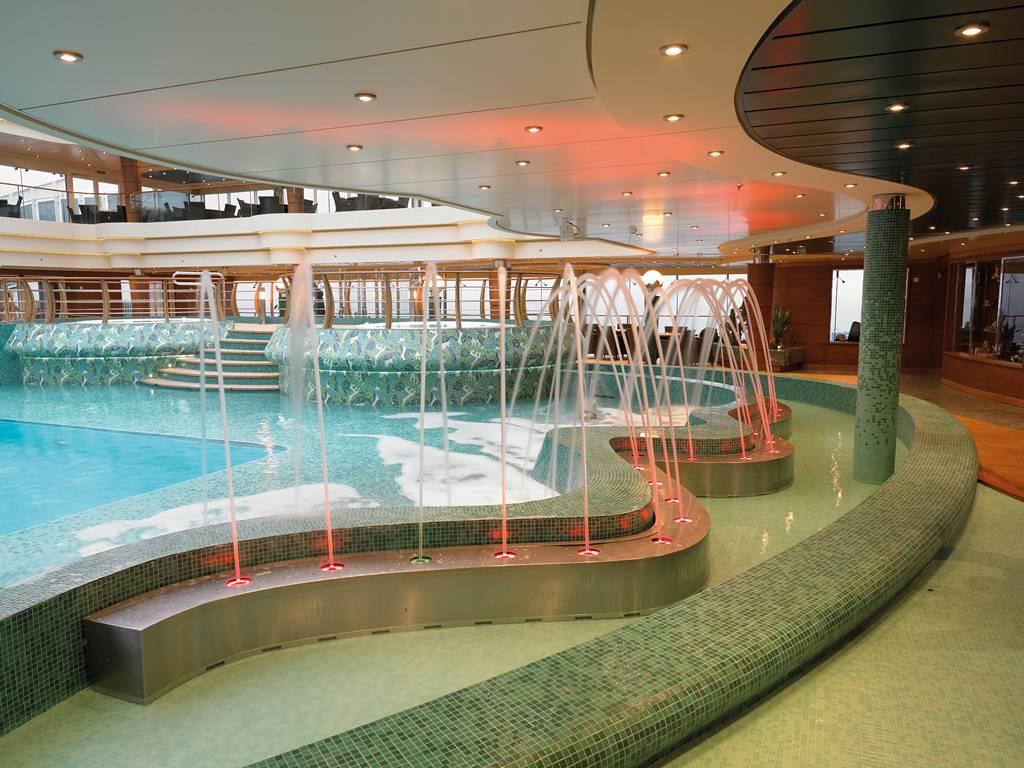 MSC LEquatore Pool